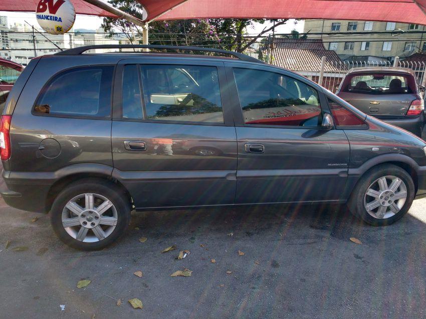 Chevrolet Zafira Elegance 2.0 16V - Foto #5