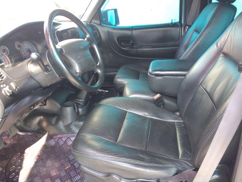 Ford Ranger XL 4x4 3.0 (Cab Dupla) - Foto #3