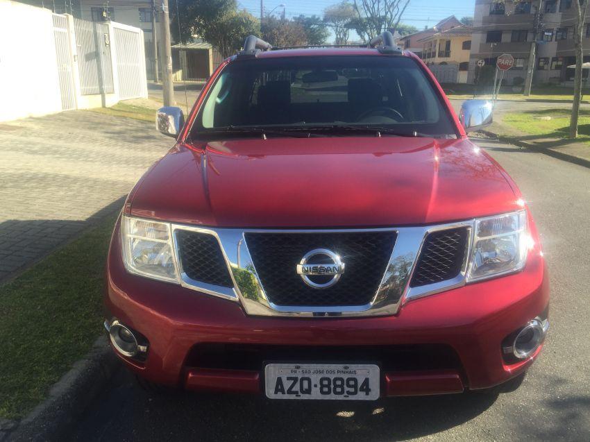 Nissan Frontier 2.5 TD CD 4x4 SL (Aut) - Foto #1