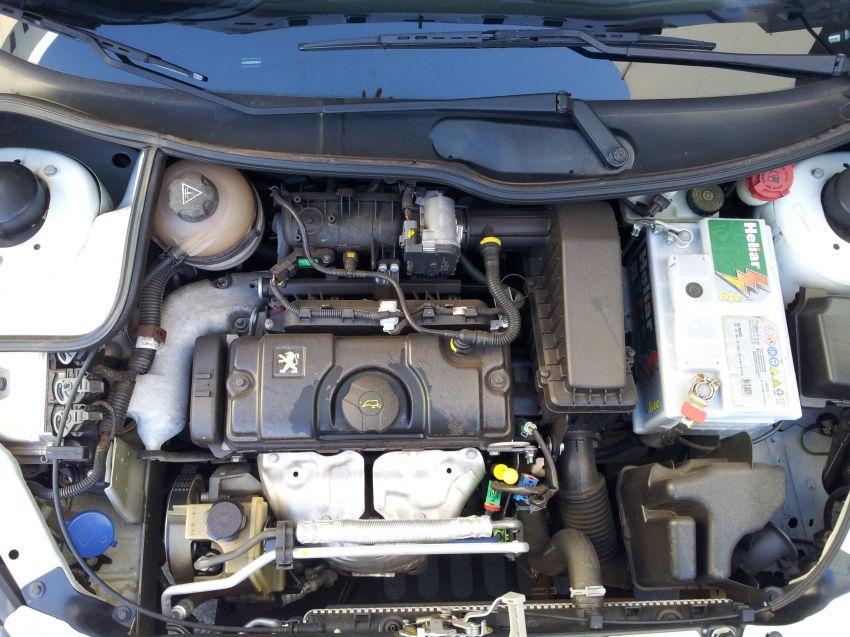 Peugeot Hoggar XR 1.4 (flex) - Foto #8