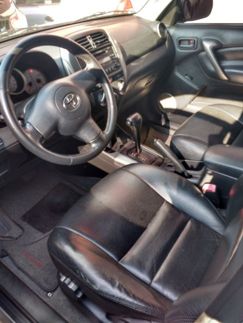 Toyota RAV4 4x4 2.0 16V (Auto) - Foto #4
