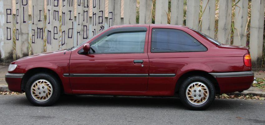 Volkswagen Logus GLS 1.8 - Foto #4