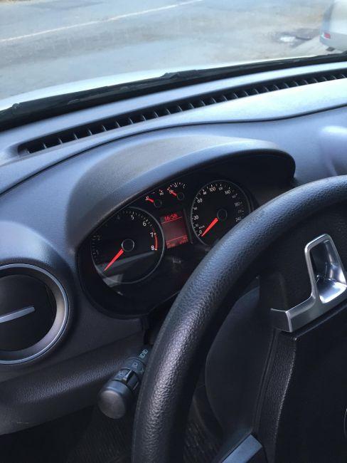 Volkswagen Saveiro Trendline 1.6 MSI CS - Foto #2