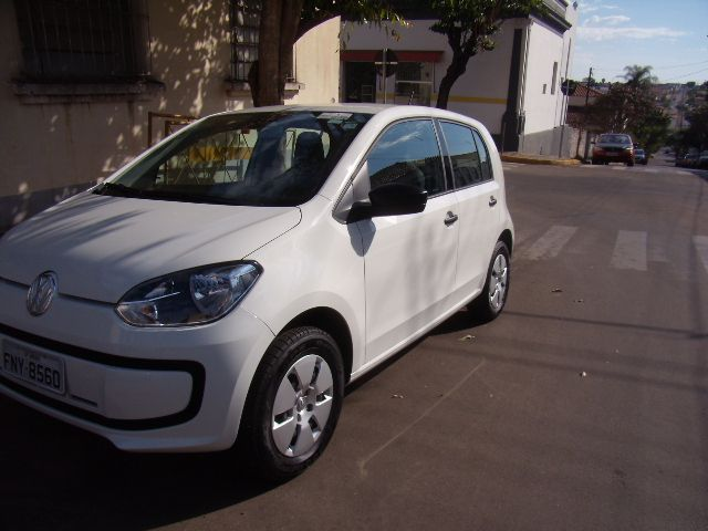 Volkswagen Up! 1.0 12v E-Flex take up! 4p - Foto #4