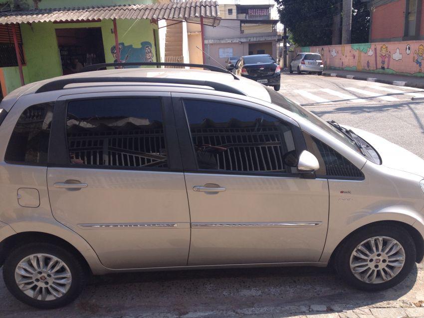 Fiat Idea Essence 1.6 16V E.TorQ Dualogic - Foto #4