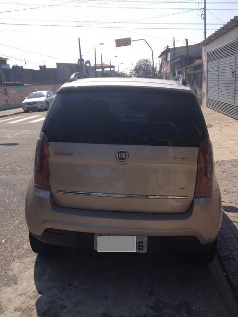 Fiat Idea Essence 1.6 16V E.TorQ Dualogic - Foto #5