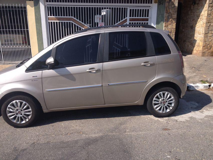 Fiat Idea Essence 1.6 16V E.TorQ Dualogic - Foto #7