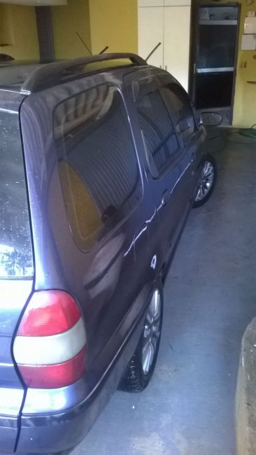Fiat Palio Weekend 6 marchas 1.0 MPi - Foto #7
