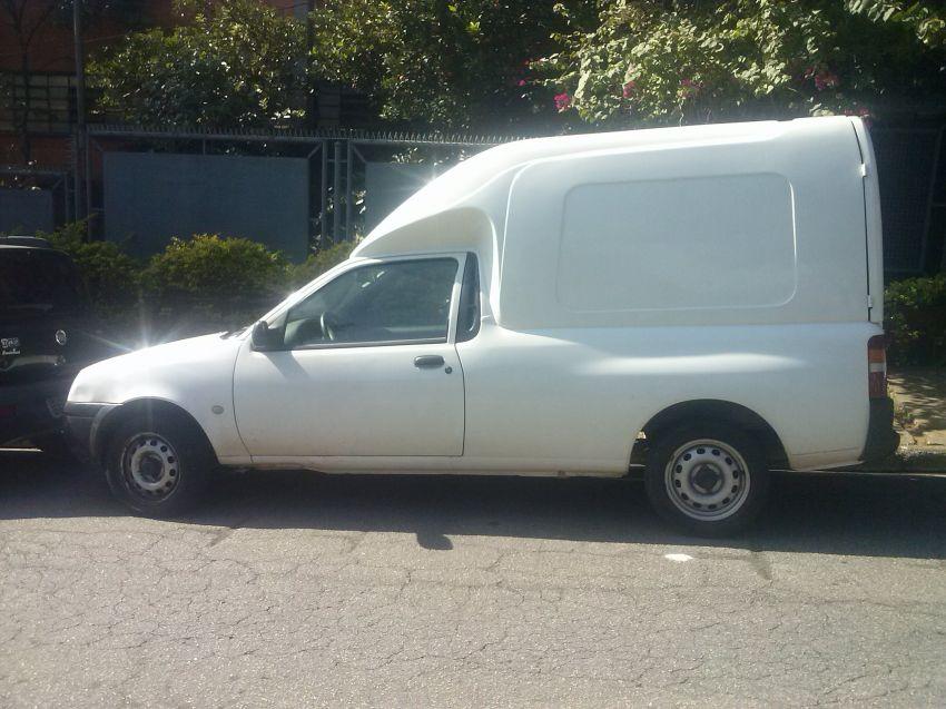 Ford Courier Van L 1.6 MPi - Foto #2