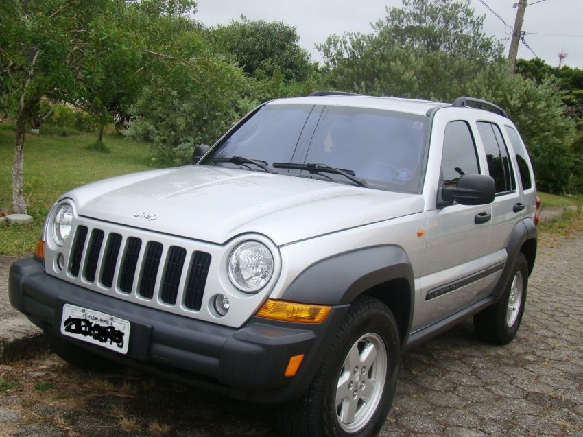 Jeep Cherokee Sport 3.7 - Foto #1