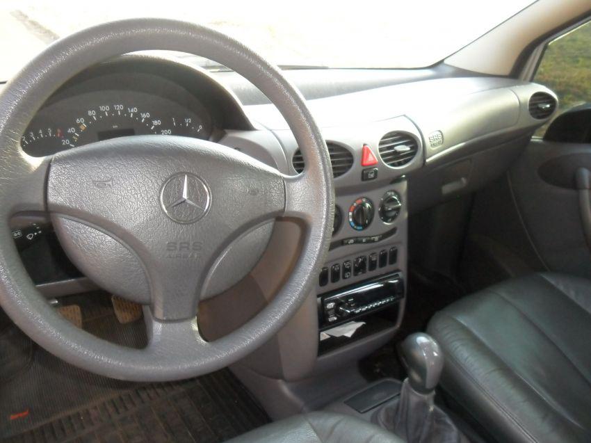 Mercedes-Benz Classe A 160 Classic 1.6 - Foto #10