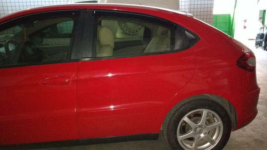 Chery Cielo Hatch 1.6 16V - Foto #3