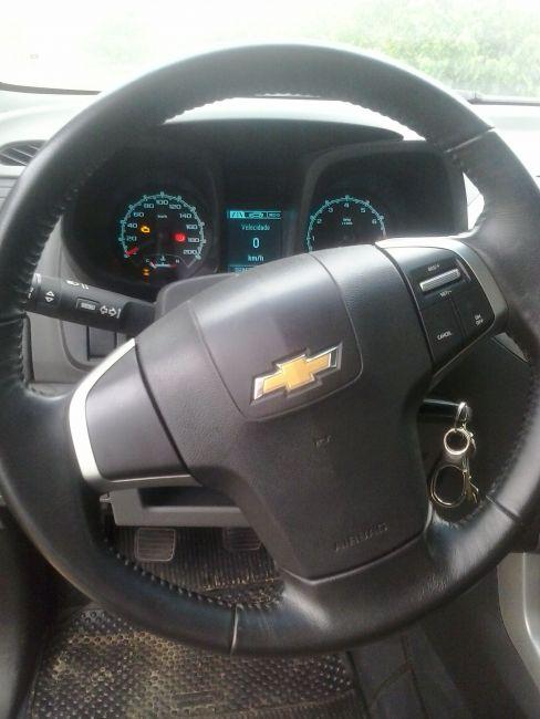 Chevrolet S10 2.5 ECOTEC SIDI Cabine Dupla LT - Foto #5