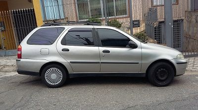 Fiat Palio Weekend ELX 1.0 16V Fire - Foto #1