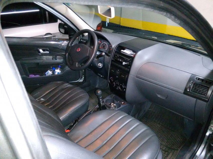 Fiat Strada Working 1.4 (Flex) (Cab Dupla) - Foto #4