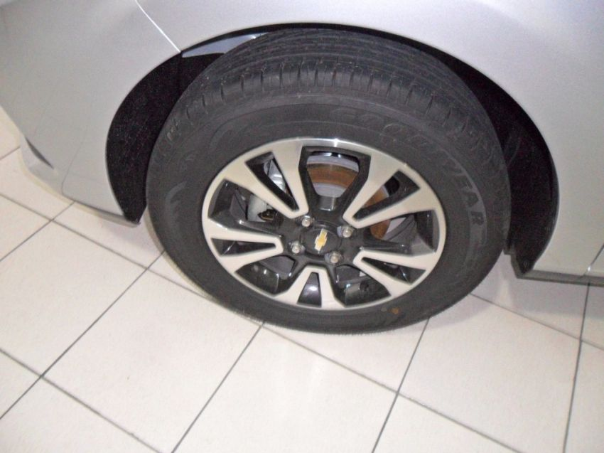 Chevrolet Onix 1.4 LTZ SPE/4 Eco (Aut) - Foto #3