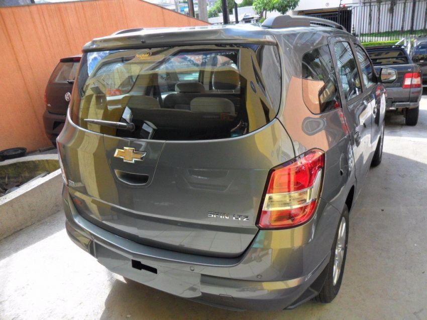 Chevrolet Spin LTZ 7S 1.8 (Flex) - Foto #2