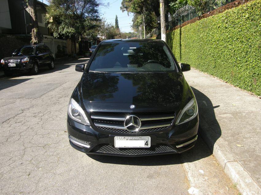 Mercedes-Benz B 200 1.6 Turbo Sport - Foto #5