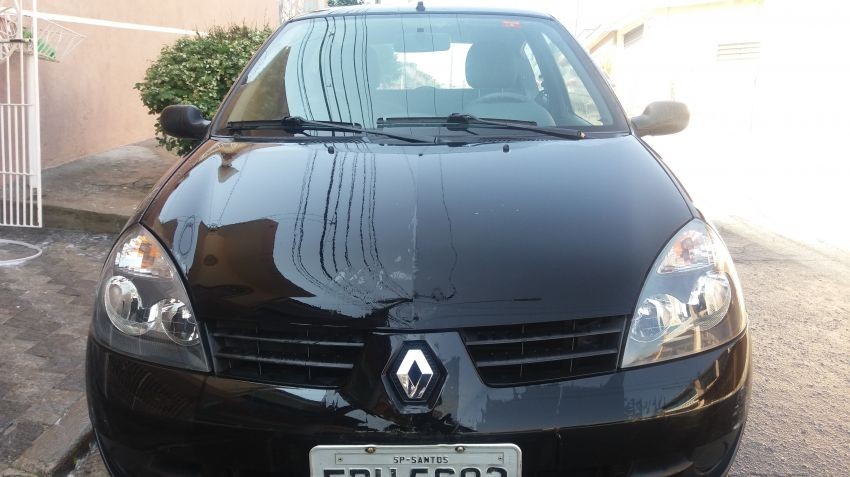 Renault Clio Hatch. Campus 1.0 16V (flex) 2p - Foto #1
