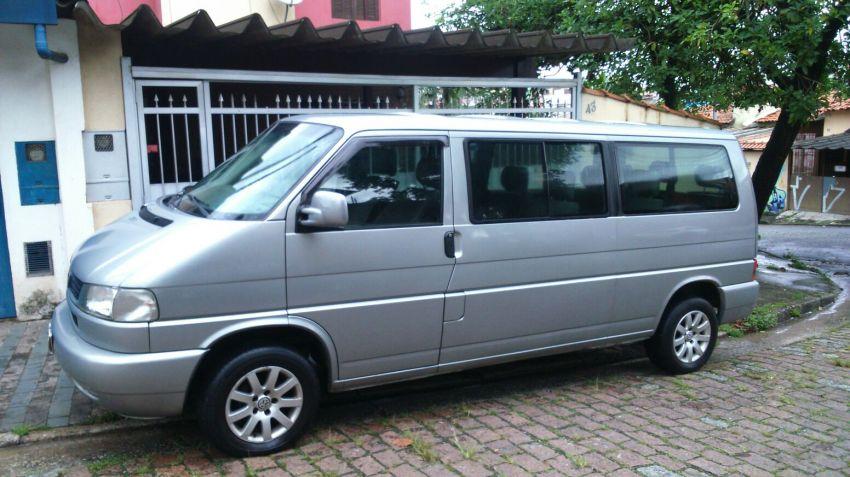 Volkswagen Caravelle 2.4 - Foto #1
