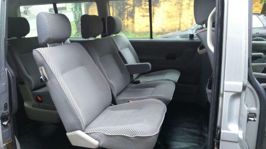 Volkswagen Caravelle 2.4 - Foto #6
