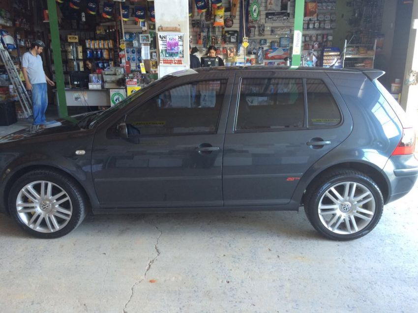 Volkswagen Golf Black&Silver 1.6 MI - Foto #4