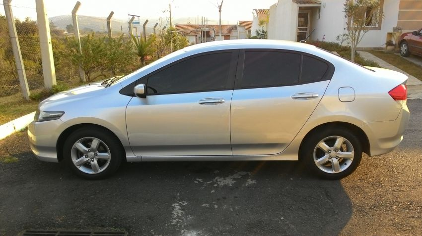 Honda City DX 1.5 16V (flex) (aut.) - Foto #9