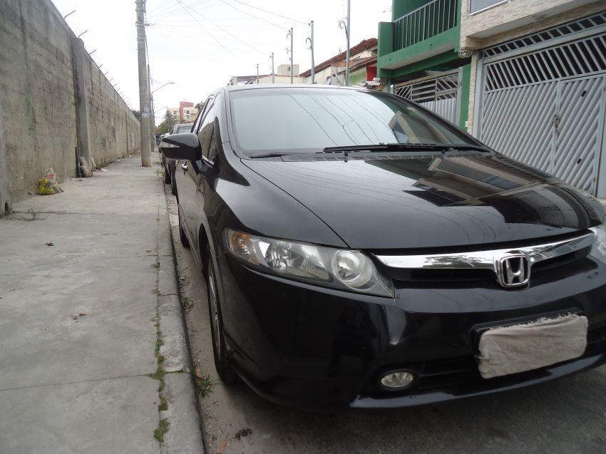 Honda New Civic EXS 1.8 (aut) - Foto #2