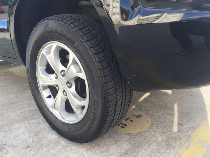 Hyundai Tucson GLS 2.7 V6 24V 4WD (aut.) - Foto #10