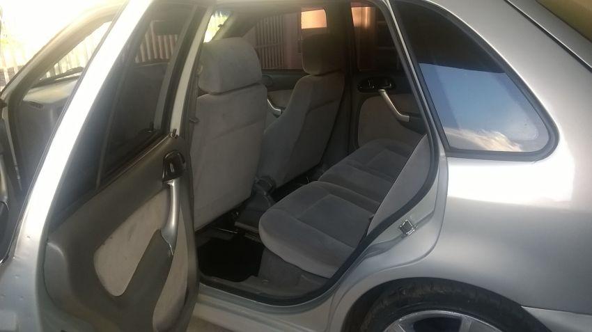 Volkswagen Gol GLS 2.0 MI - Foto #3