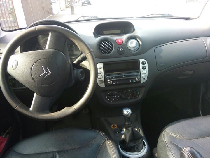 Citroën C3 Exclusive 1.4 8V (flex) - Foto #1