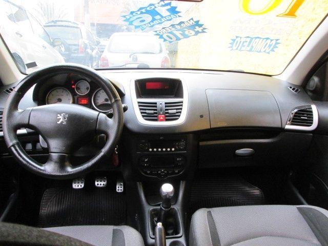 Peugeot 207 SW Escapade 1.6 16V (flex) - Foto #9