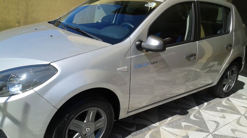 Renault Sandero Tech Run 1.0 16V (Flex) - Foto #3