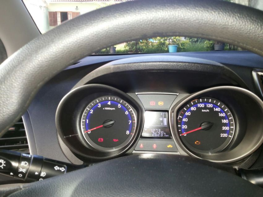 Hyundai HB20 1.0 S Comfort Style - Foto #7