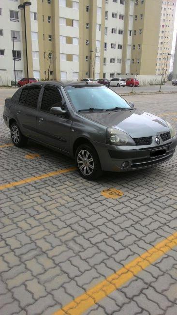 Renault Clio Sedan Privilége 1.0 16V - Foto #3