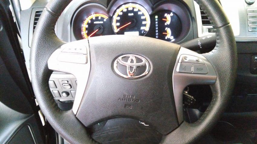Toyota Hilux 3.0 TDI SRV Limited CD 4x4 - Foto #7