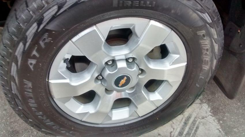 Chevrolet S10 2.5 ECOTEC SIDI Cabine Dupla LTZ 4x2 - Foto #5