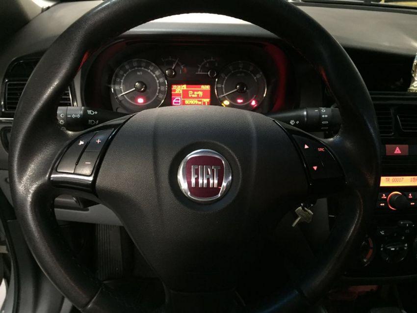 Fiat Linea 1.8 16V Essence Dualogic - Foto #6