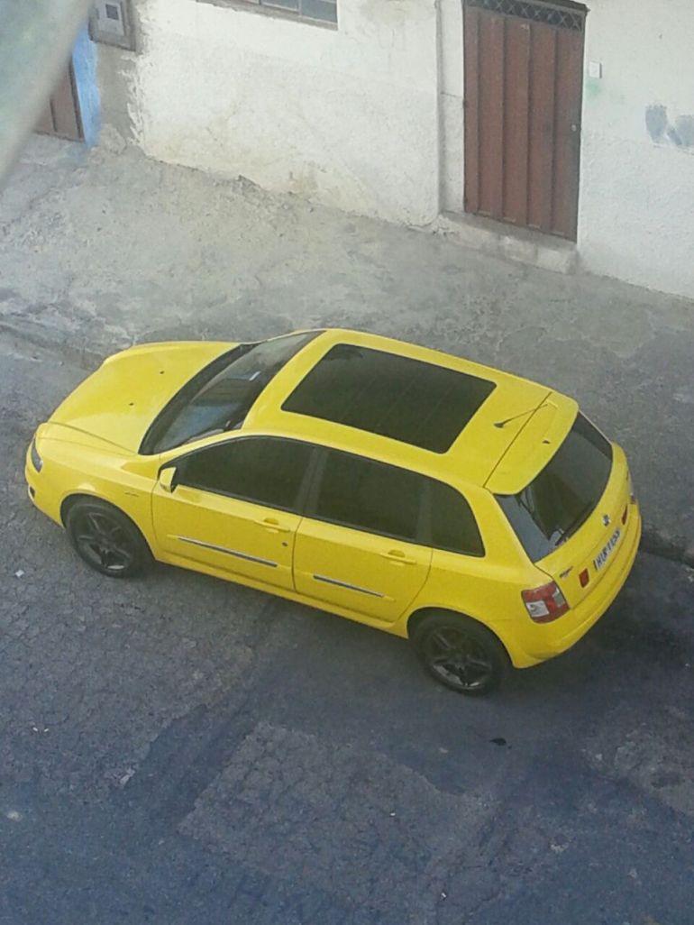 Fiat Stilo Sporting Dualogic 1.8 8V (Flex) - Foto #5