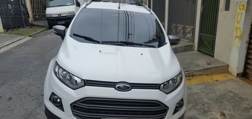 Ford Ecosport Freestyle Powershift 2.0 16V (Flex) - Foto #2