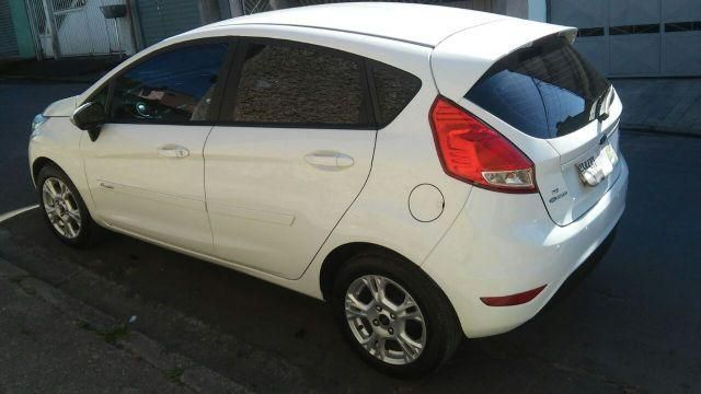Ford New Fiesta SE 1.6 16V - Foto #3
