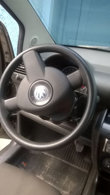 Volkswagen Fox 1.0 TEC (Flex) 2p - Foto #9