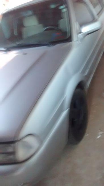 Volkswagen Santana Comfortline 2.0 MI - Foto #5