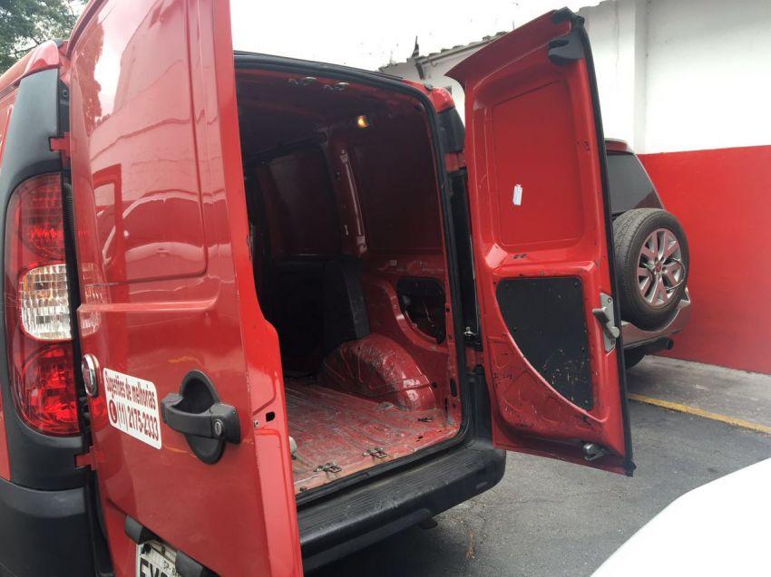 Fiat Doblò Cargo 1.8 16V (Flex) - Foto #2