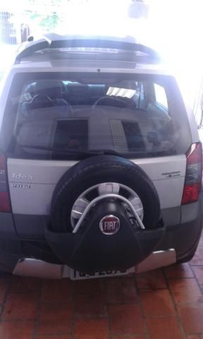 Fiat Idea Adventure Dualogic 1.8 (Flex) - Foto #4