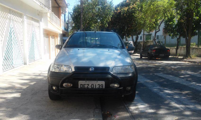 Fiat Strada Adventure 1.8 8V (Cab Estendida) - Foto #5