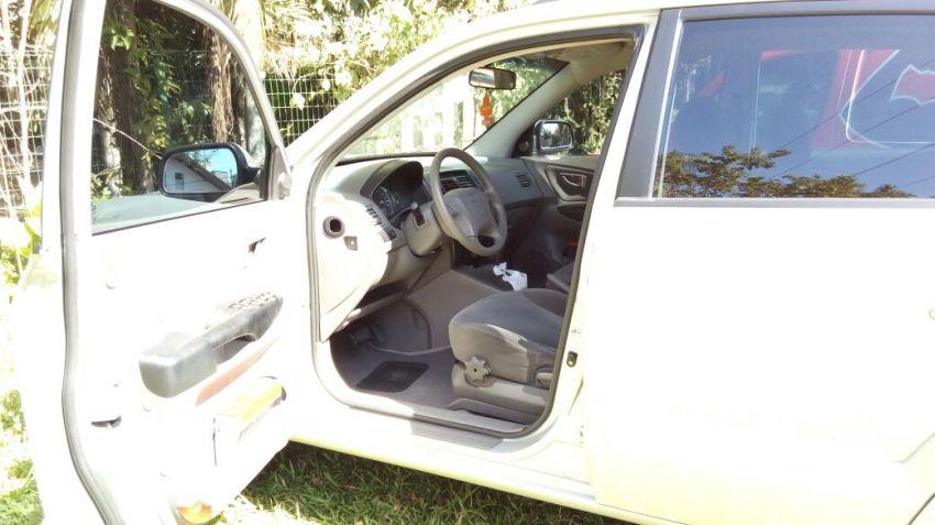 Hyundai Tucson GL 2.0 16V (aut) - Foto #1
