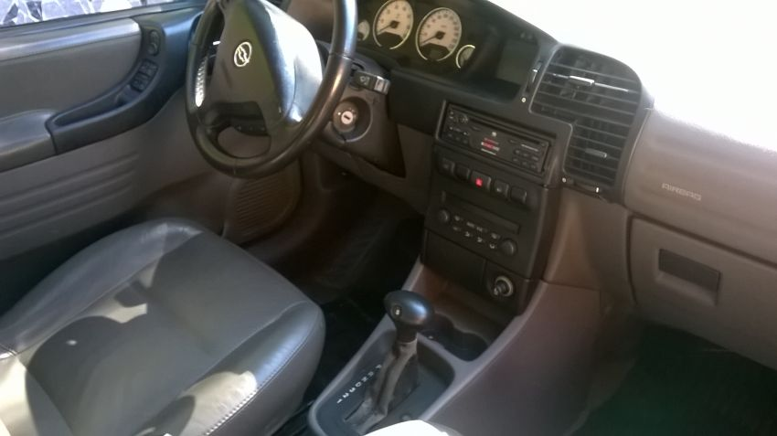 Chevrolet Zafira Elite 2.0 (Flex) (Aut) - Foto #8