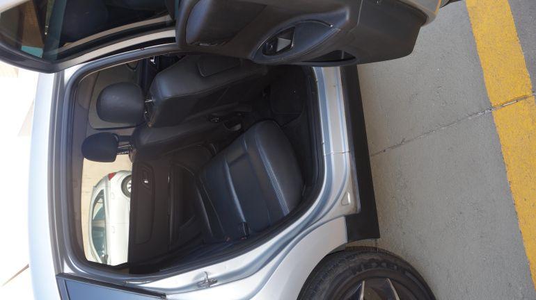 Citroën C4 Pallas Exclusive Pack 2.0 16V (aut) - Foto #8