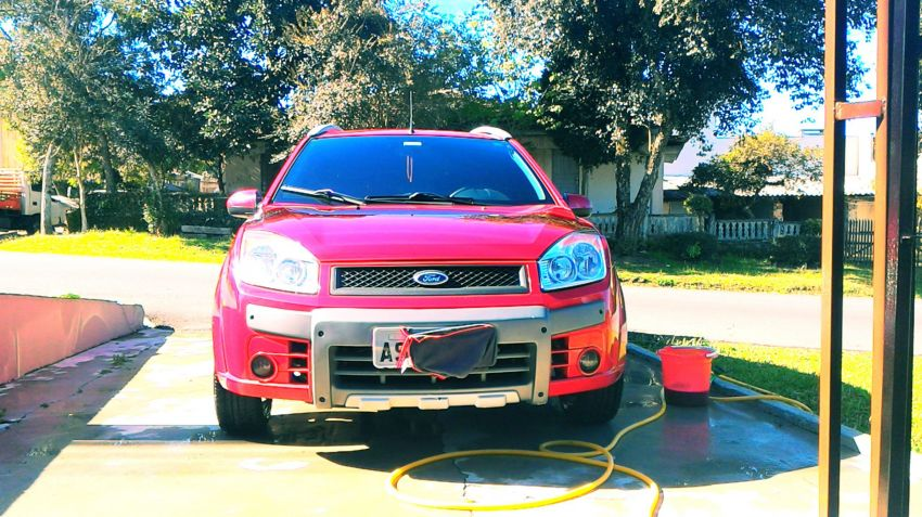 Ford Fiesta Hatch Trail 1.6 (Flex) - Foto #1